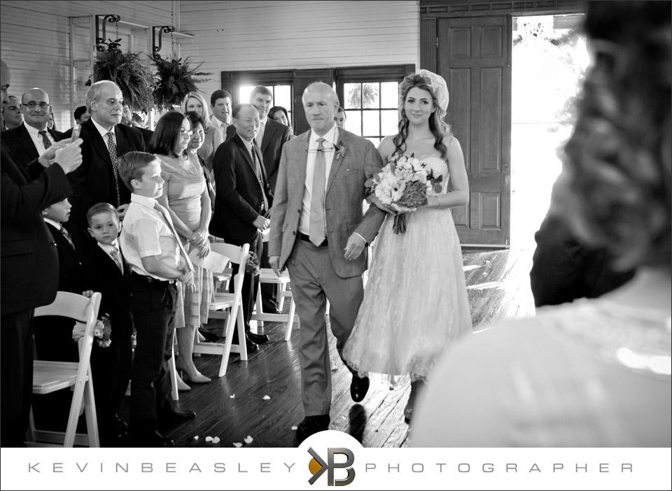 Shreveport-wedding-photographer,Shreveport-wedding,Hill-country-wedding,hill-country-village,11